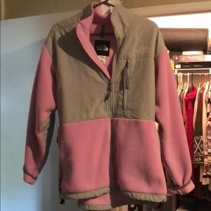 Pink and grey north face size xl good condition!